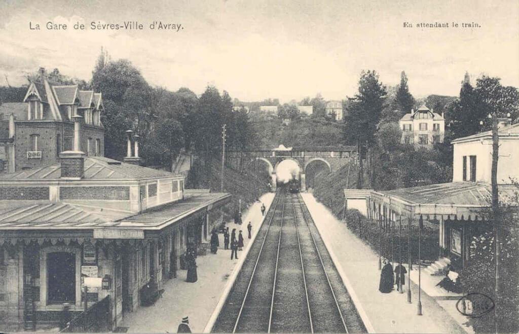 Train Sèvres